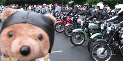 Beesa Bear checking out the BSA OC Int' Line Up at ol' Sturbridge Village